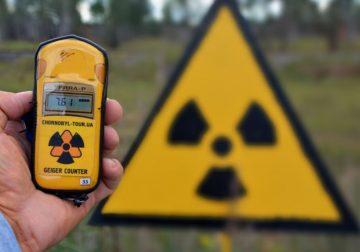 Заражённому радиацией врачу сказали, что он «наелся фукусимских крабов»